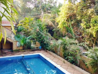 Peaceful Holiday Apartment at Saligao Goa, Arpora