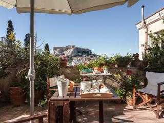 Unique Plaka/Acropolis apartment! A/C, Great View!, Atenas