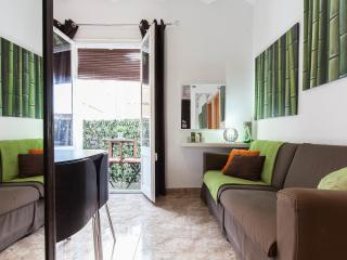 ****3 BEDROOMS CAMP NOU APARTMENT *******, Barcelona