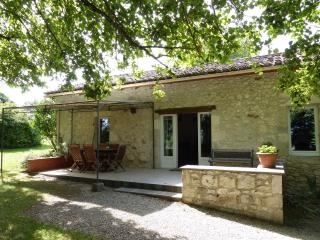2 Bedroom Cottage in Dordogne - Lot et Garonne, Monflanquin