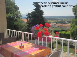 chambre ds haut de villa calme et très belle vue, Aix-en-Provence