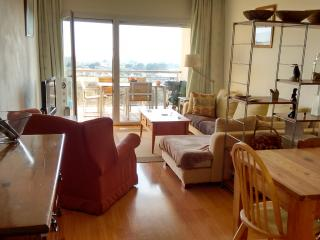 A beautiful duplex apartment with fantastic views. !!