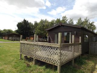 Daffodil Lodge at Avonvale Holiday Lodges, Evesham