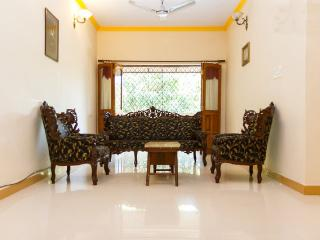 Great Room, Big House Best Location, Candolim
