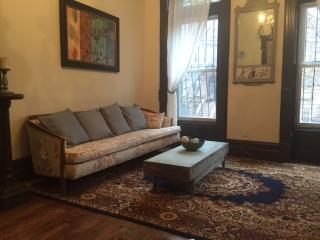 Spacious Private Brownstone 2 bedroom Apartment, Brooklyn