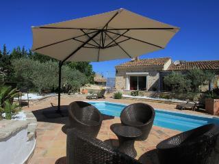 Villa de 140 m² et annexe indépendante/8 personnes, Le Puy-Sainte-Reparade