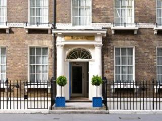 Spectacular Georgian Mansion House sleeps 15, Liverpool