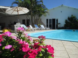 Bed and Breakfast 150 meters from the beach, Florianopolis