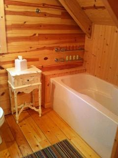 Upstairs bath with soaking tub