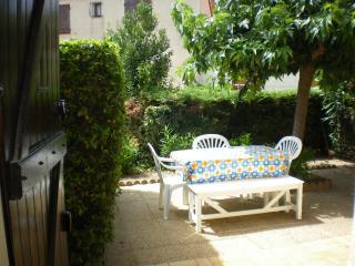Villa 4/5 personnes près du port et de la plage., Saint-Cyprien