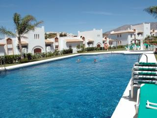 2 Bed Apartment to Rent in Mijas Costa, Fuengirola