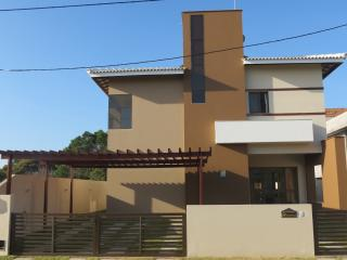 Aluguel de temporada em Guarajuba, 4 quartos