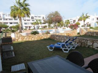 Apartament with privat garden BBQ and swimmingpool, Cala d'Or
