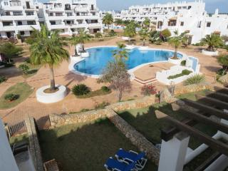 Apartament with privat garden BBQ and swimmingpool