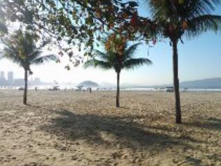 Apto 50 metros da praia, Sao Vicente