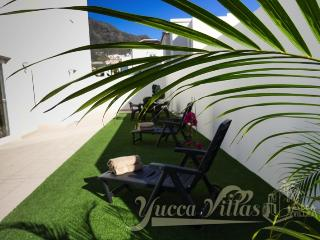 YUCCA VILLA-4 WITH PRIVATE POOL (HEATED SURCHARGE), Costa Adeje