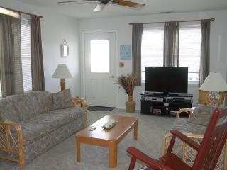 Immaculate 3 bedroom, 2nd floor Condo, Wildwood Crest