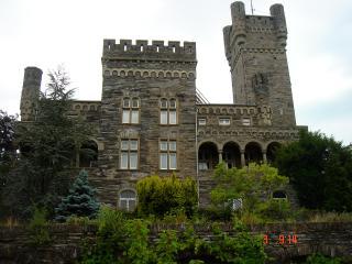 Castillo aleman Saarfels 2 habitaciones con cocina, Serrig