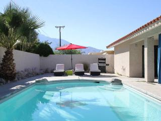 Spacious & Beautiful w/ Prvt Pool Near All, Cathedral City