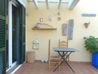 Apartamento con jardin y piscina Menorca, Ciutadella