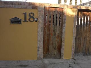 Casa em bairro nobre de Cabo Frio, 3 quartos