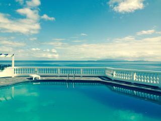 1 - Quintinha Fernando - Piscina privada y  con vistas al mar (Quarto 1)