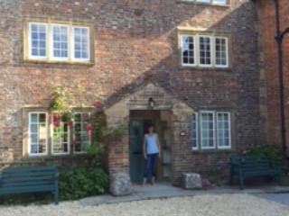 Mill House, Maiden Newton