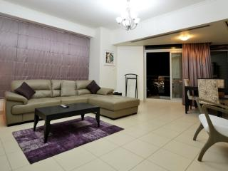 Vacation Bay Burj Views Tower 1BR in Downtown, Emirate of Dubai
