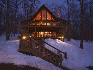 Exceptional 5 Bedroom Mountain Home with Luxury Accomodations!, McHenry