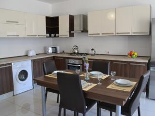 Deluxe, modern 2 bedroom apartment, San Pawl il-Baħar (St. Paul's Bay)