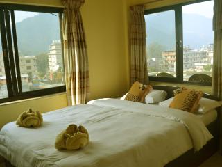 Fewa Holiday Inn, Pokhara