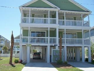 PALM TREE PARADISE -- SURFSIDES FINEST, Surfside Beach