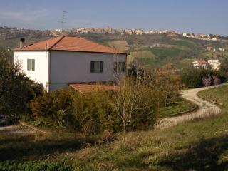 Villa in campagna a poca distanza dal mare