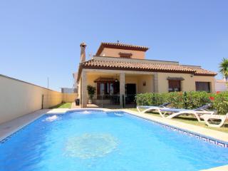 Chalet piscina privada, 3 dormitorios, Alba 1, Conil de la Frontera