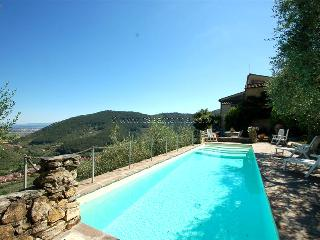 Detached villa  with private pool near Pisa-Lucca. 30 kms from sea. Great view!!, Buti