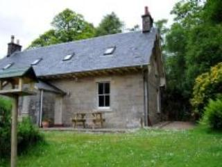 Charming semi detached cottage - Craigendarroch, Oban