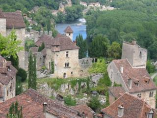 Medieval Home with Garden~St Cirq Lapopie village