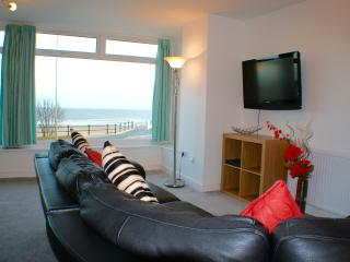 Sea view, 2 bedroom luxury apartment, Bridlington