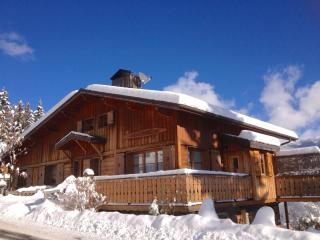 Chalet Champetre-Meribel-Les Allues 4* log fire,Wifi sleep up to 10, 5 bedrooms