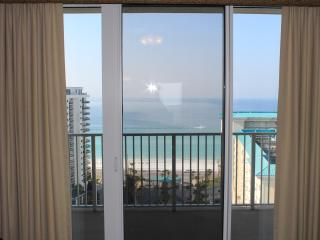 17th floor. Great Rates! 1 bedrooms available as well! June 4th week $1373.96, Destin