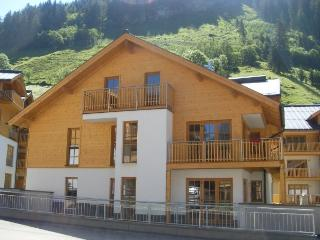 All season holiday apartment on ski/hiking resort