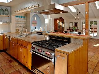 Large kitchen, to show off your master chef skills