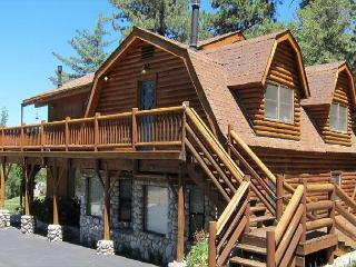 Quail's Run Luxury Hilltop Log Cabin