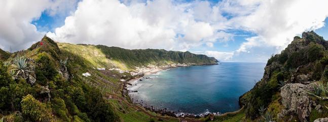 Em funcionamento a partir de Abril de 2016, na Baia de São Lourenço, ilha de Santa Maria, Açores