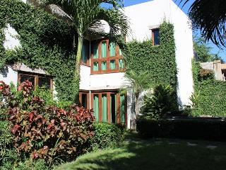 Welcome to Casa Valadau, Enjoy quiet hillside., Sayulita