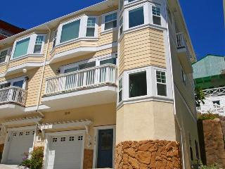 217 Beacon A, Avalon