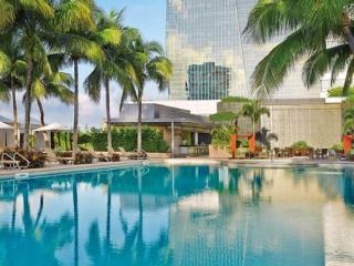 Four Seasons 1BR/2 BA Partial Bay View Unit, Miami