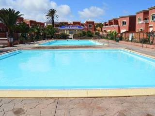 Town house in Corralejo 3 bedrooms, 2 pools, wifi