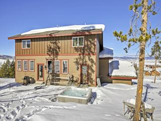 Magnificent 5BR + Bunk Room Granby House w/Private Hot Tub, Resort-Style Amenities & Barbecue Pit - A True Ski-in/Ski-Out on Granby Ranch Ski Resort!