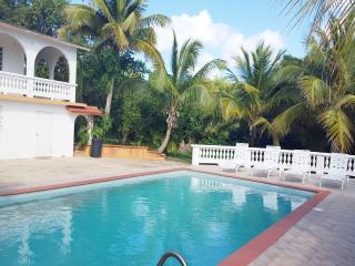 House with pool up to 23 next to Sun Bay beaches, Esperanza